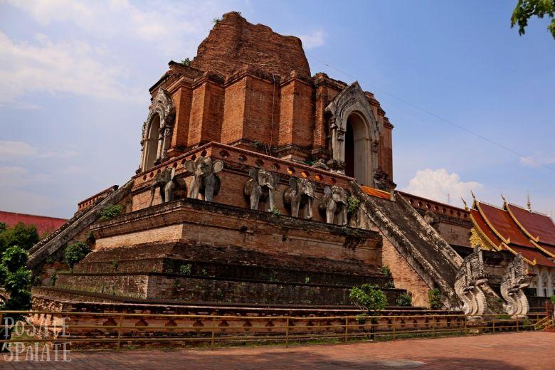 Wat Chedi Luang Chiang Mai_Posate Spaiate